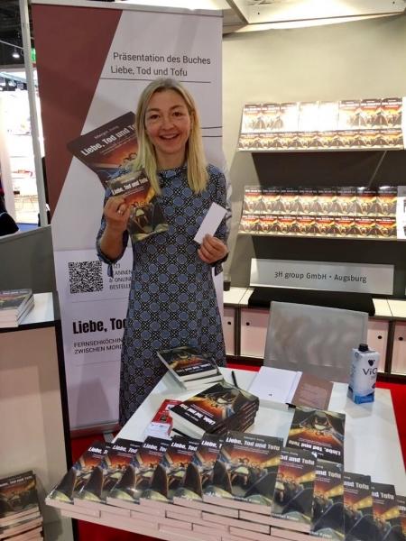Bild-Margot-Jung-Frankfurter-Buchmesse